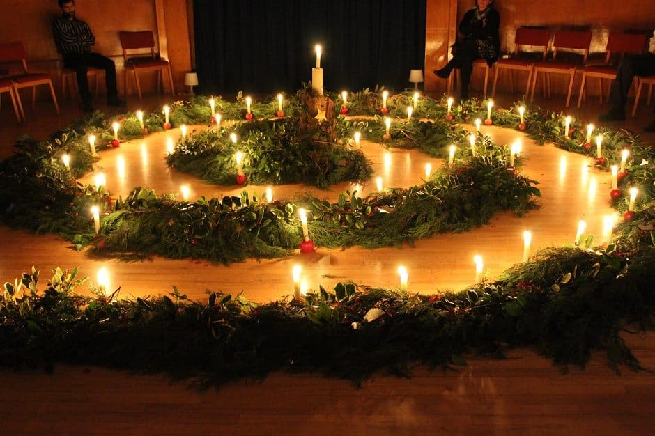 Adventi kert – Karácsonyi dalok